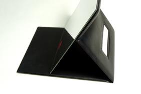 ナピュア プロモデル拡大鏡付き折立ミラー(L) 使用時の様子。