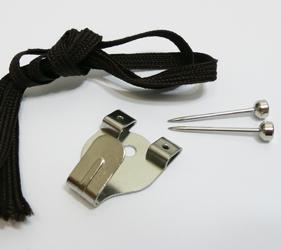 吊りヒモと吊り金具は、もちろん付属。箱を開けて、すぐに設置することができます。